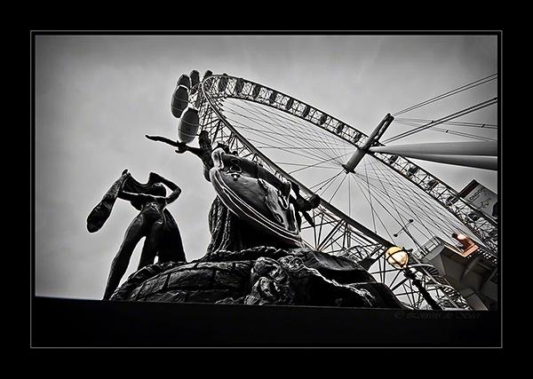 Dali & London Eye by LourensdB