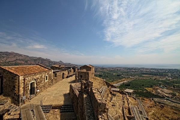 Castilio, Sicily. by paulcr