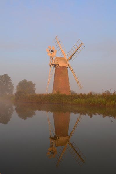 Turn Fen Windmill by markt