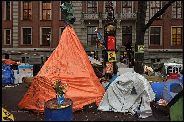 Occupy Amsterdam ! by martinalberts