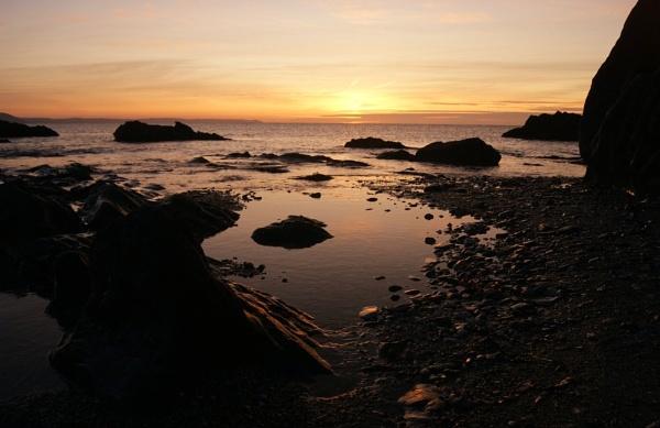 Rocky Beach by PaulRichardson