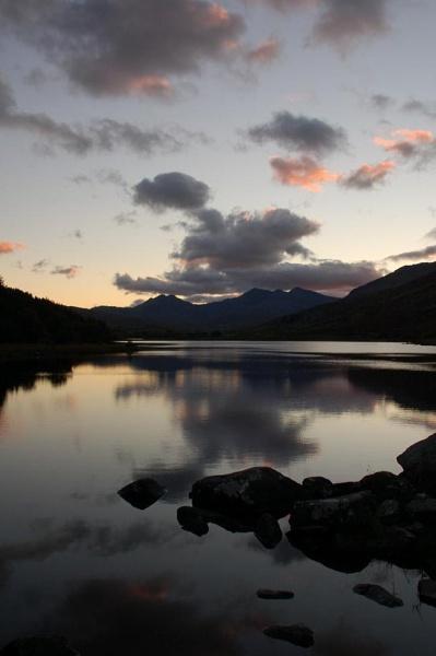 Snowden range at dusk by GedC