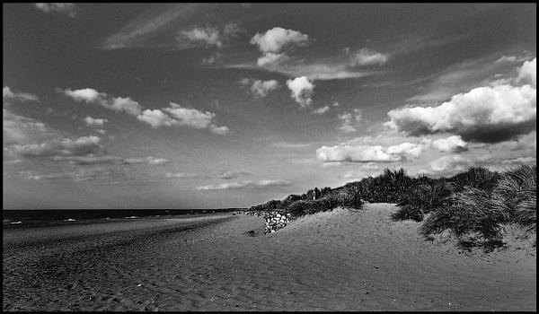 Deserted Beach by fentiger