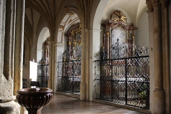 Nonnberg Abbey Church by idz612