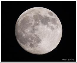 Moon Shine ...