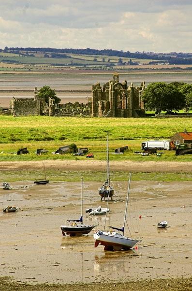 Lindisfarne Abbey by waineswitch