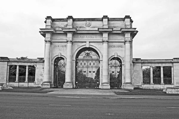Memorial by Hurstbourne