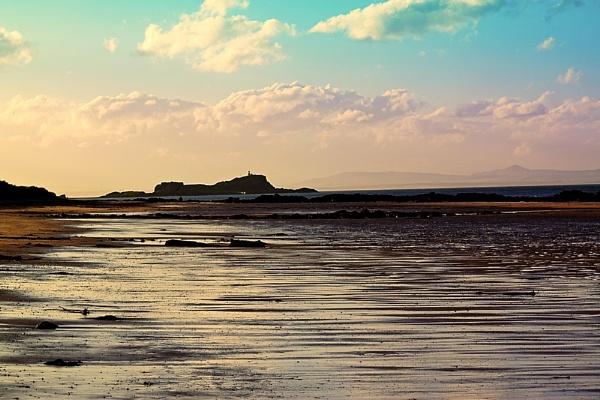 Fidra Island by Ian55