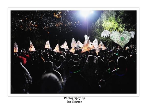 Halloween Lantern Carnival by newy17