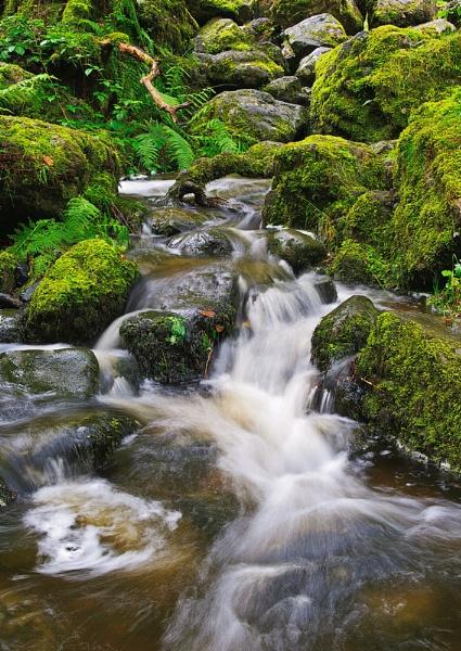 Flowing by GaryMoffat