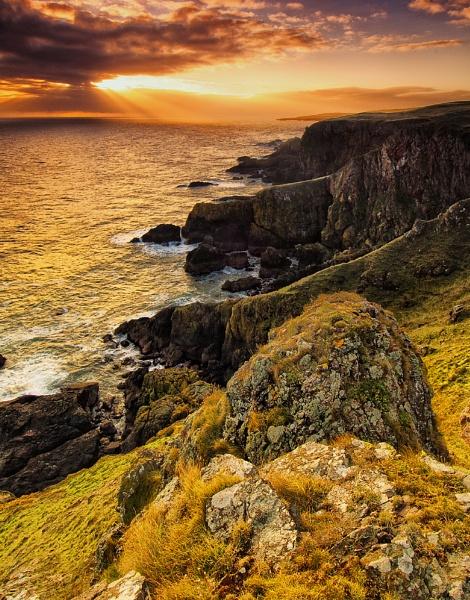 Dawn at St Abb\'s Head by GaryMoffat