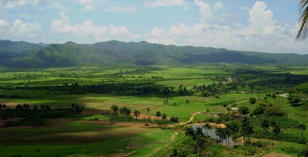 Vinhales Valley, Cuba by TonyDy