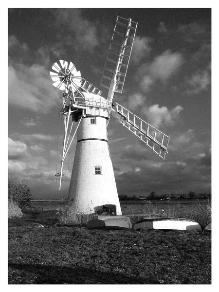 Thurne Windmill - Mono by markt