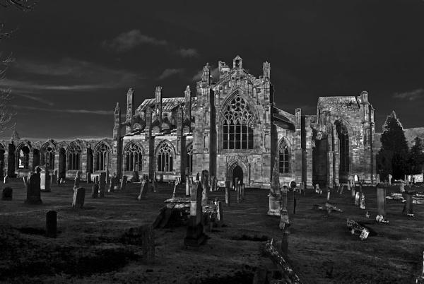 melrose abbey by luckybry