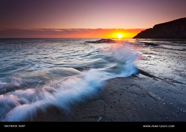 Saltwick Surf by martinl