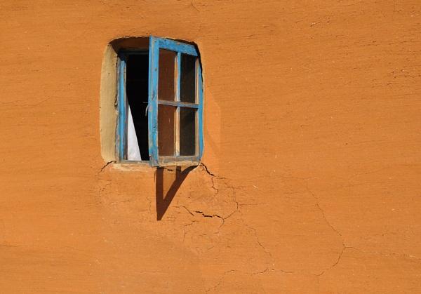 kraal window by fatfranksfolley