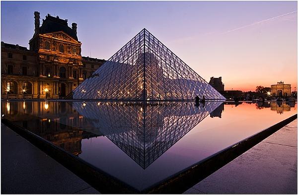 Louvre by jacekb