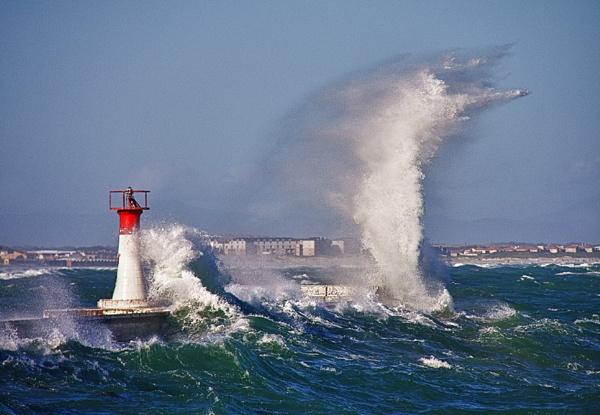 High seas by Stanleyace