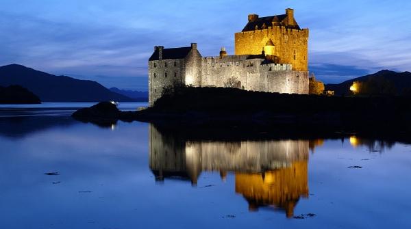 Eilean Donan Castle - TZ8 by Nickscape