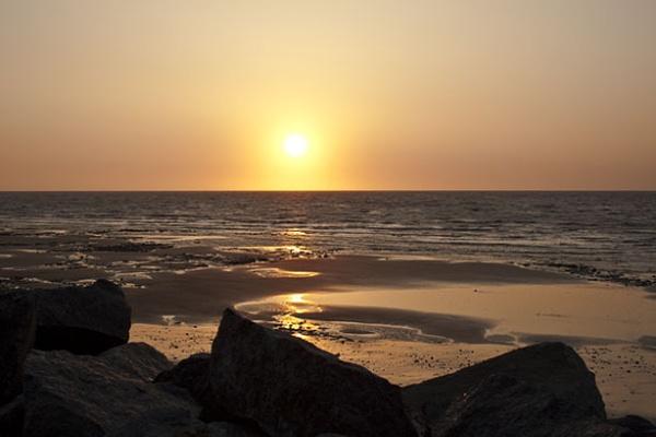 Sunrise by BobbyK