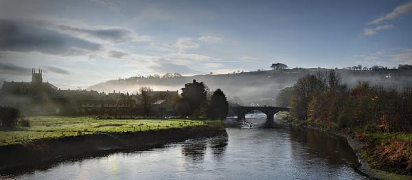 River Dart through Totnes by perkyjude