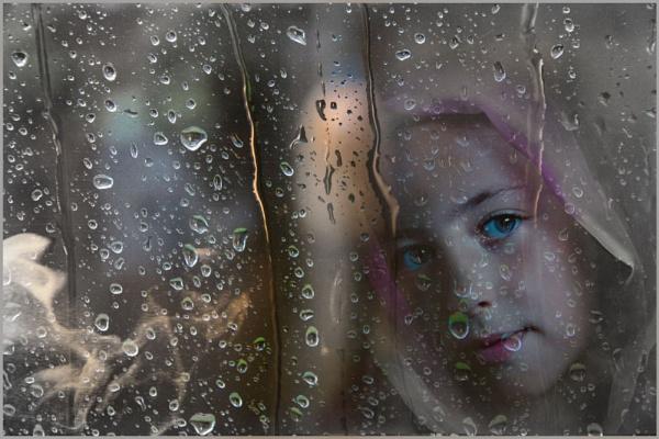 Face in the Rain by Daisymaye