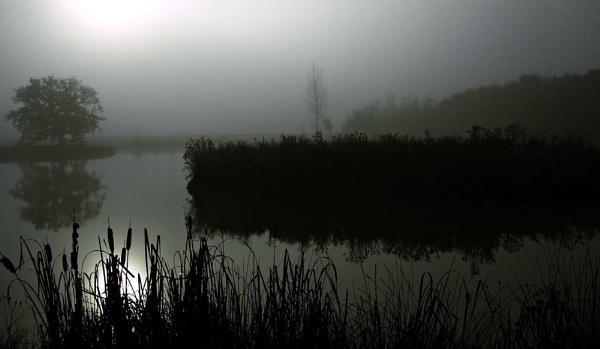 Autumn Lake by Glen-W