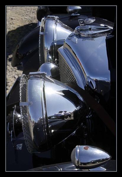 Big Bentley Lights by Montana5