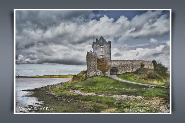 Dunguaire Castle by danob