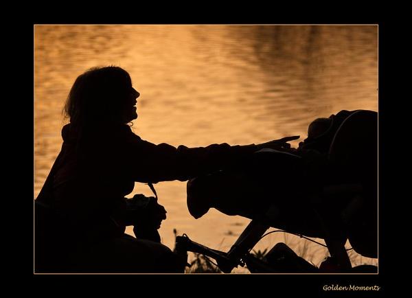 * Golden Moments by Mynett