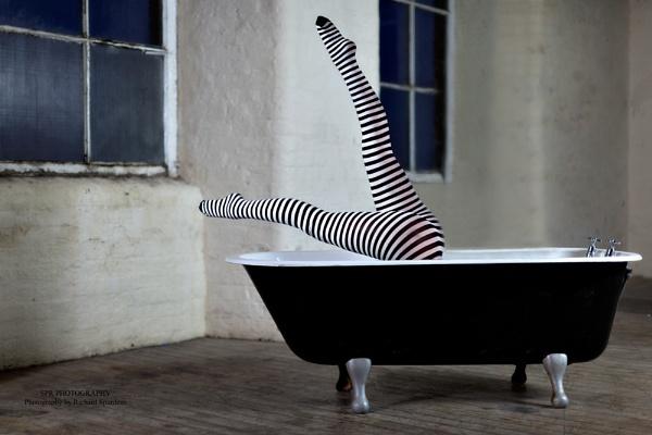 Bath Gymnastics by Richsr