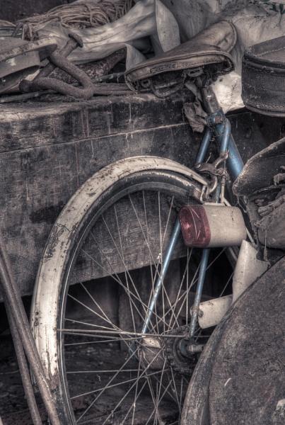 Bygone bike by blades