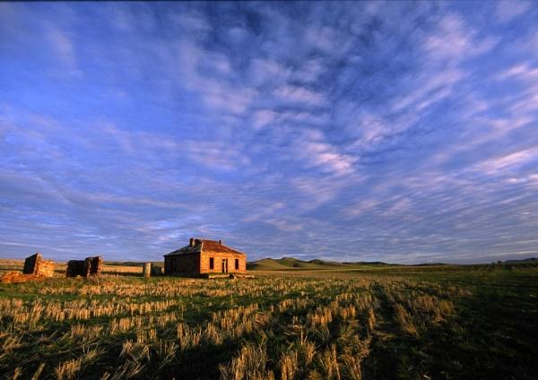 Burra House by steveowea
