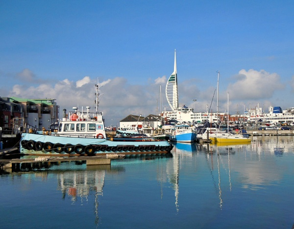 Portsmouth Harbour by hary60