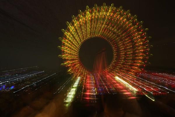 Zoom Burst @ London Eye on New Years Eve. by pmeswani
