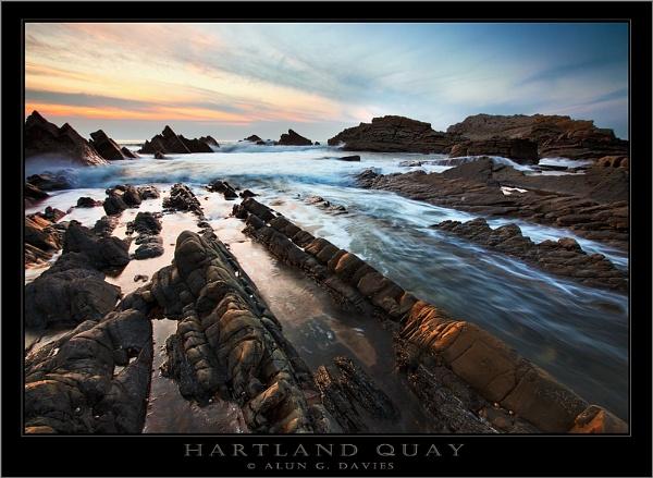 Hartland Gold by Tynnwrlluniau