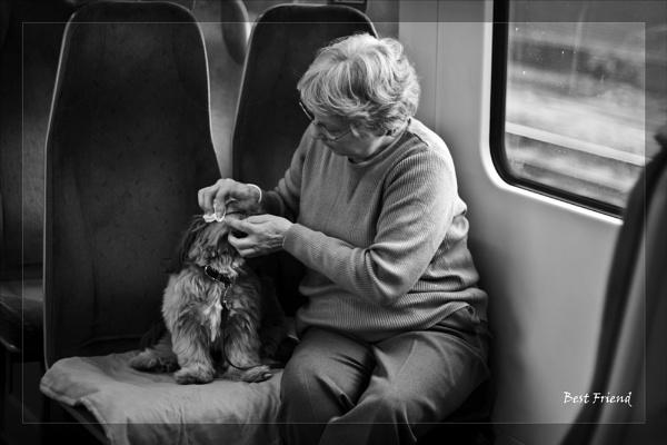 Best Friend by touchingportraits