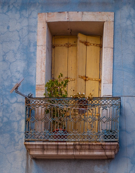 Balcony 12 by chavender