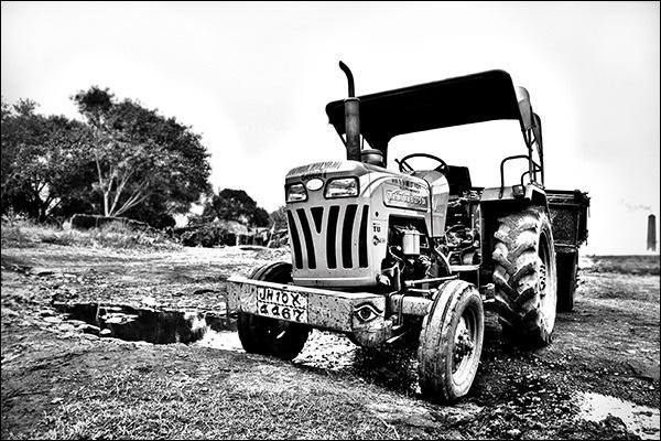 tractor by jackran