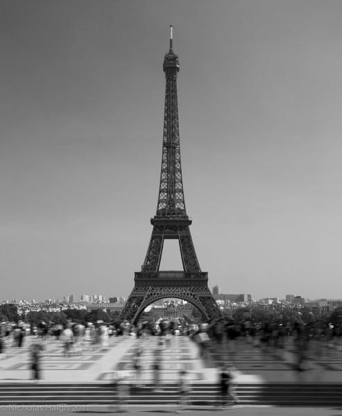 Eiffel Tower by NickHaigh