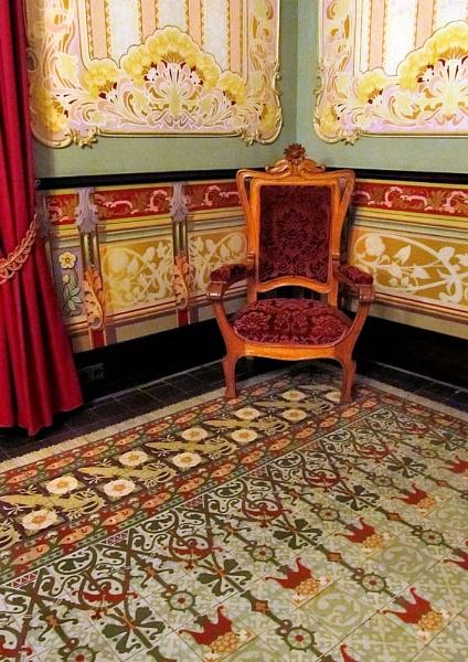 Casa-Museo Modernista 4 by pamelajean