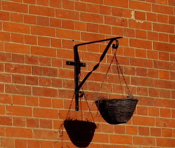 Hanging basket by pdcche