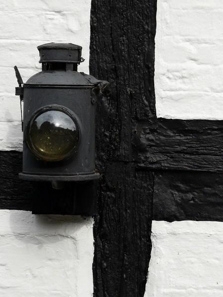 Lamp Beam by Philip_H