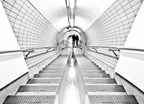 Tube 2 by Platchet