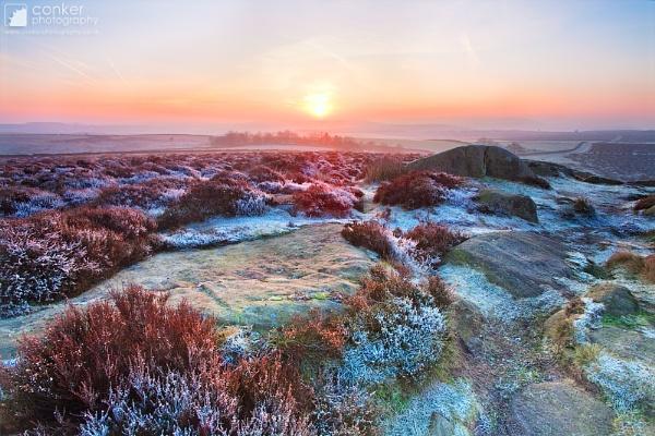 A winter\'s dawn by mpnuttall