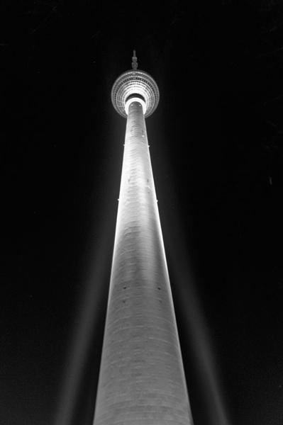 Berlin @ night by Daffy1