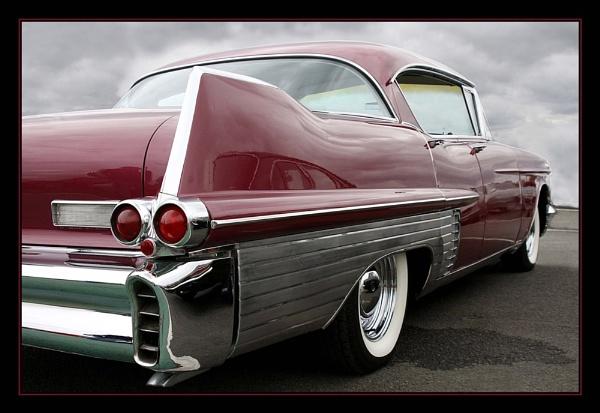 Cadillac Flanks by Montana5