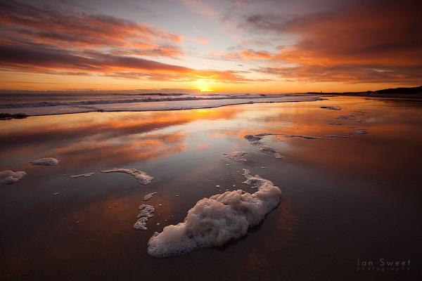 Cresswell Beach by Ian_Sweet