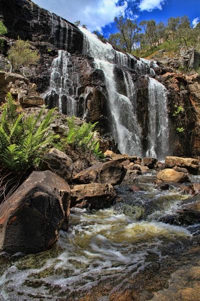MacKenzie Falls by Jasper87