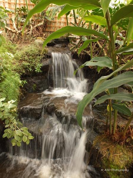 Waterfall by alanduk